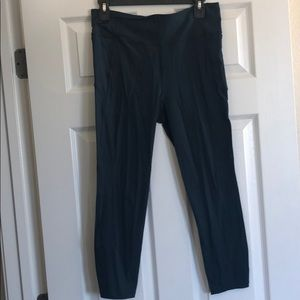 7/8 length slate blue lululemon pants size 10